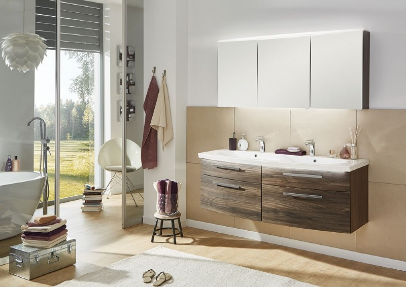 badezimmer einrichtung good badewanne einrichten modern u. Black Bedroom Furniture Sets. Home Design Ideas